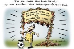 schwarwel-karikatur-em-fussball-straßenhunde-ukraine-toetung
