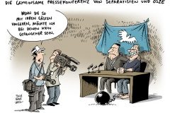 schwarwel-karikatur-osze-pressekonferenz-separatisten