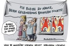 """De Maizière fordert Prävention gegen """"Linksextremismus"""": Innenminister fordert zu Verzicht auf Gegendemos auf"""