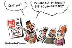 """""""Entfesselter Ausländerhass, linke Chaoten, überforderte Polizei"""": Bild-Zeitung schürt in Chemnitz-Berichten weiteren Hass"""