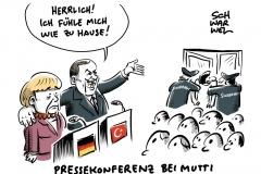 Eklat bei Pressekonferenz: Journalist wird aus Saal geworfen – Erdogan schmunzelt