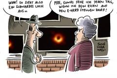Erstes Foto von schwarzem Loch: Einsteins Relativitätstheorie untermauert