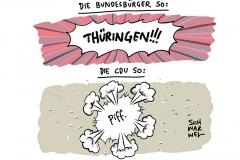 """Rückzug von AKK: Merkel zeigt Bedauern und Respekt"""""""