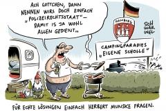karikatur-schwarwel-g20-gipfel-hamburg-polizei-polizeistaat