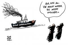 Defend Europe: Anti-Flüchtlings-Schiff auch in Tunesien nicht willkommen, Neuwahlen in Niedersachsen: Von VW umgeschriebene Rede in der Kritik